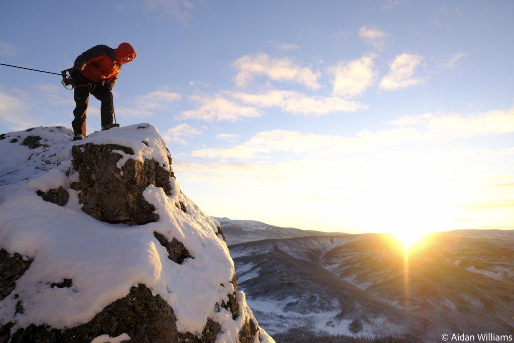 slackline highline friedi kühne alaska winter